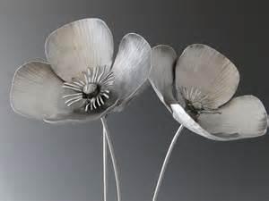 poppy flowers metal sculpture