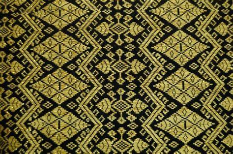 Songket Tradisional Asli Lombok By Tenun Kerang Dalam Siti Asiah Lmb harapan 2 medan kain tenun indonesia