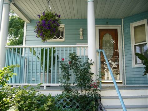 exterior home decorations 10 ideas for sprucing up your front entry for spring