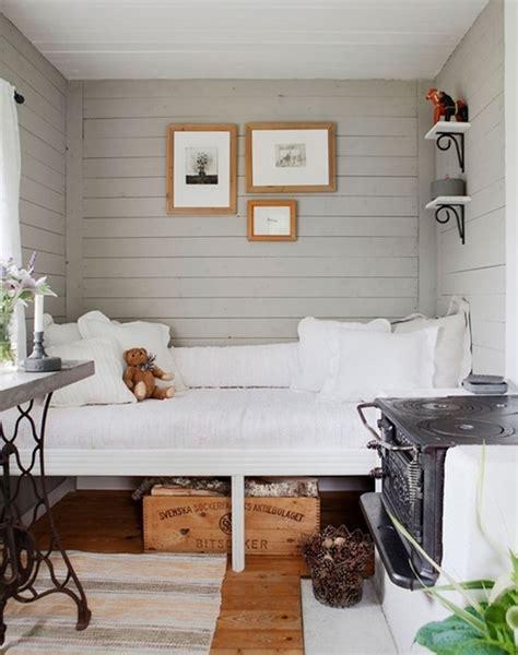 Purple & Black Bedroom Ideas