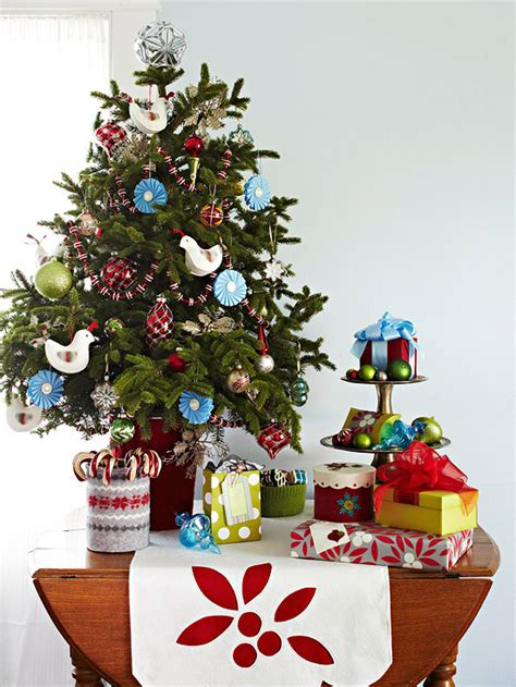 Mini Decorated Trees by Ingenious Decorating Ideas For Small Spaces