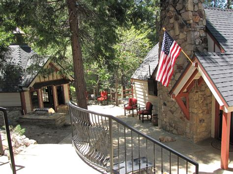 The Cottage Lake Arrowhead by Newly Restored Vintage Cottage Or Vrbo