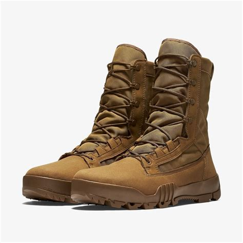 Nike Airmax90 Boots Army coyote brown nike army boots cladem