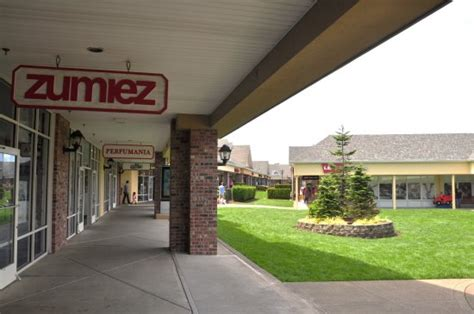lincoln city outlet tanger outlets lincoln city picture of lincoln city