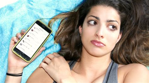 gf pics swaps phone with boyfriend for day