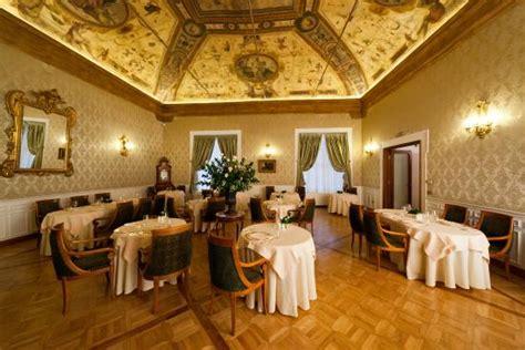 hotel porto bologna i carracci ristorante bologne porto restaurant avis