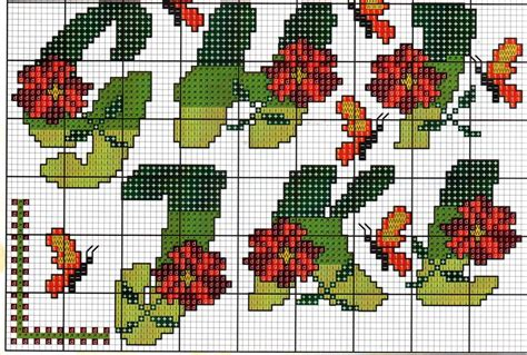 alfabeto fiori alfabeto fiori farfalle16 magiedifilo it punto croce