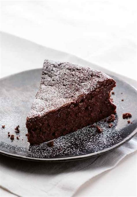 Celebrate The Chocolate Cake Day With A Flourless