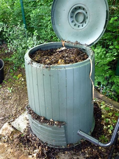 backyard composting bins how to make your compost easy cheap and sustainable