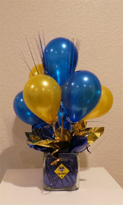 blue and gold banquet centerpieces blue and gold balloon centerpiece using 5 quot balloons cub