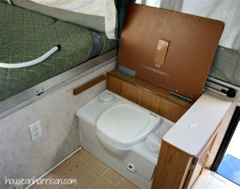 pop up tent trailer with bathroom best 25 coleman pop up cers ideas on pinterest jayco