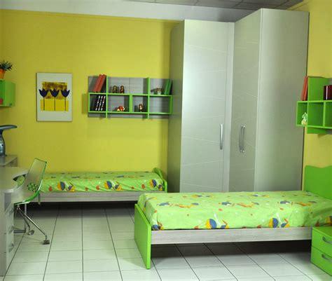 camerette con armadio ad angolo cameretta battistella klou polo con due letti e armadio ad