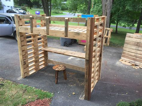 recycled pallets and 2 ikea lacks made an awesome rustic pallet loft bed 1001 pallets