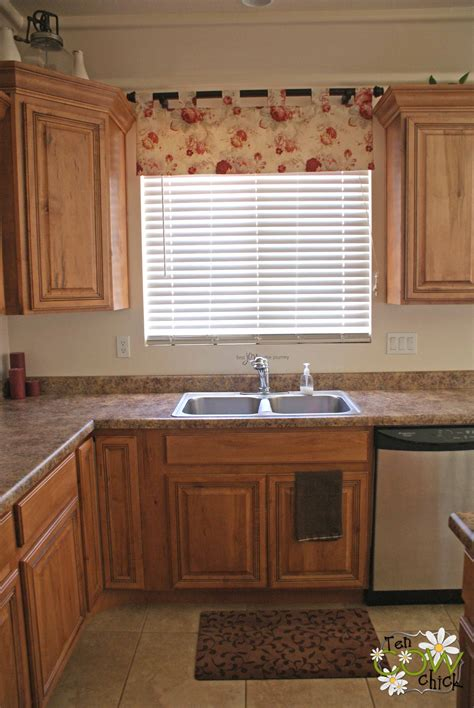 kitchen curtains and blinds guide to choose the appropriate kitchen curtain ideas