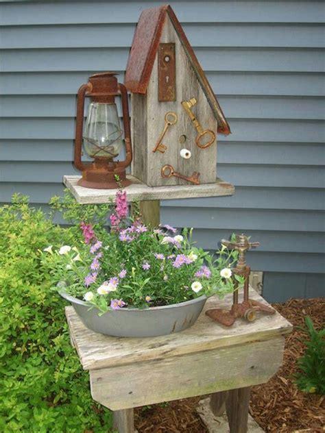 prim garden on pinterest bee skep birdhouses and 17 best images about prim gardens on pinterest