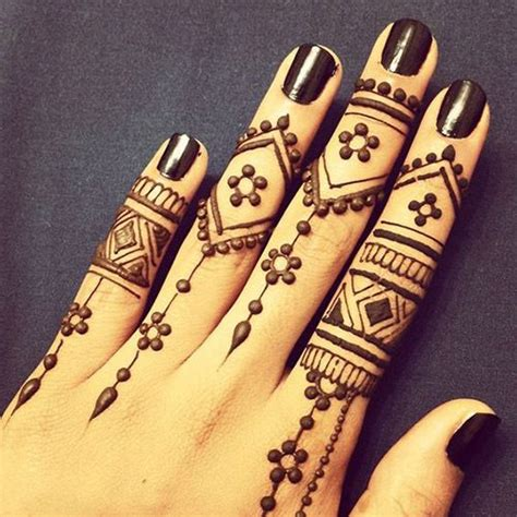 henna tattoo yourself 85 easy and simple henna designs ideas that you can do by