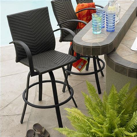Outdoor Bar Stools With Backs by 5 Bar Stool Designs For Indoor Outdoor Use