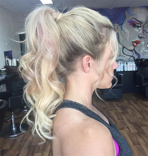 Ponytail Bottom Curly 30 eye catching ways to style curly and wavy ponytails