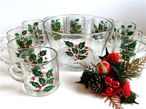 christmas barware 21 best vintage christmas plates dinner and glassware