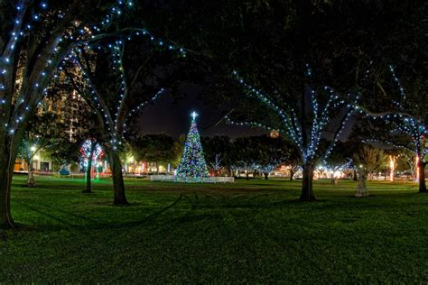 best things to do in ta for the holidays this year
