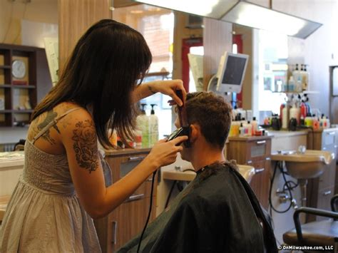haircut deals milwaukee cutting group offers high end haircuts at discount prices
