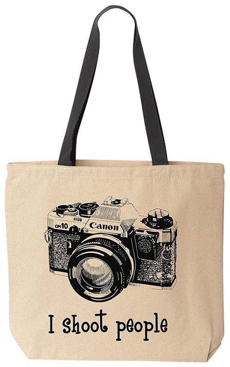 gifts for camera lovers 17 best ideas about photography gifts on pinterest cool necklaces photographer gifts and