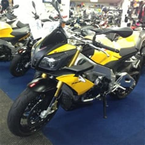 Motorcycle Dealers York Uk by Dyrons Motorcycles 33 Photos Motorcycle Dealers 410