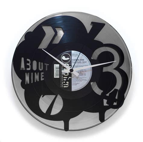 orologi da arredo orologio artigianale da arredo parete in vinile riciclato