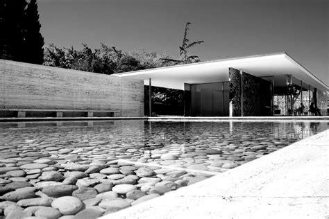 pavillon mies der rohe pavilion and barcelona on