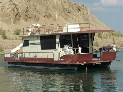 house boats houseboat rentals on flaming gorge reservoir