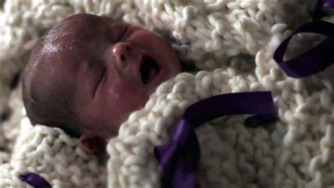 Once Upon A Time Baby Ouat S Baby Blanket Spotted In Storybrooke