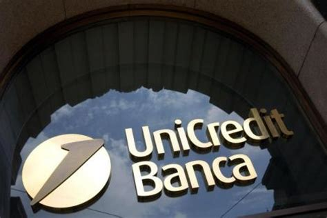 banco di sicilia 24 ore unicredit continua l operazione anticrisi al fianco