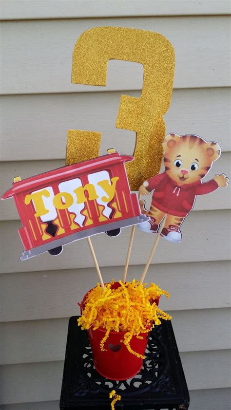 tiger centerpieces 3 tiger figures in stick great for personalized centerpiece