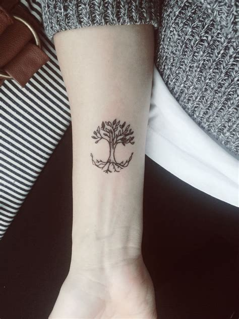 small tree of life tattoo tree of wrist www pixshark images