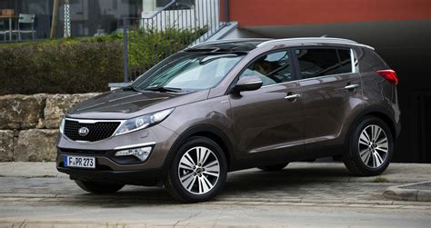 kia suv sportage kia sportage updated suv here in may photos 1 of 9