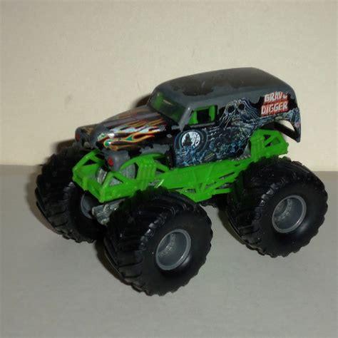 grave digger wheels truck wheels jam grave digger 1 64 diecast truck
