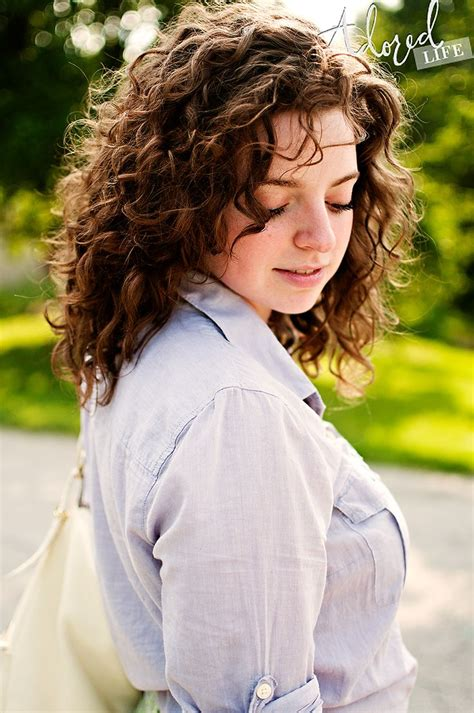 cury layered hairstyles for 9 years best 25 medium curly haircuts ideas on pinterest curly