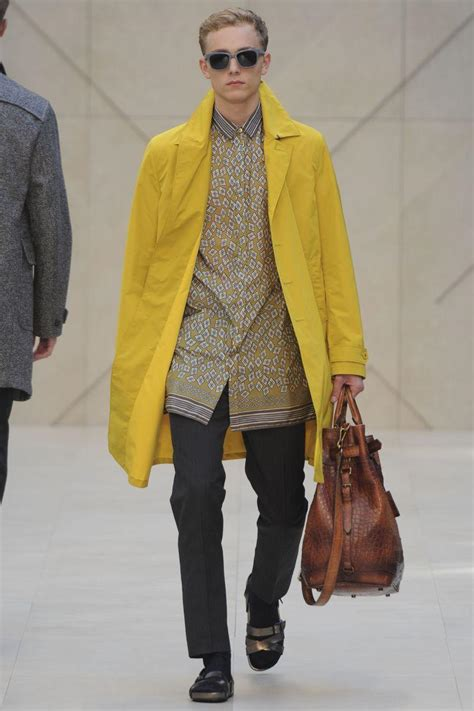 Trend Alert Colored Trenches by Trend Alert Trench Me Now Paperblog