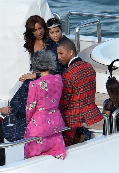 helen lasichanhs parents womenstyles photos singer pharrell williams marries