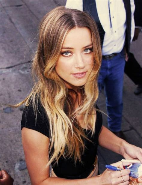 ambree and aumbeee hair color amber heard with a perfect ombr 233 beauty bar pinterest