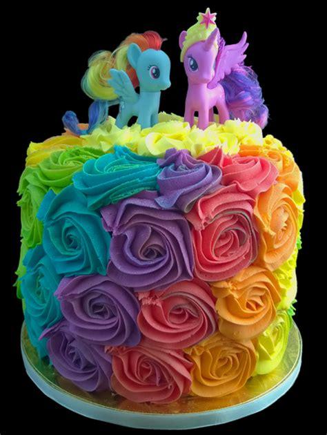 Rainbow Buttercream Uk15 1 my pony rainbow swirl cake scrummy chocolate cake with a strawberry