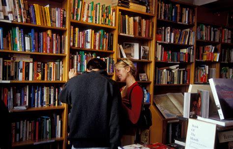 aprire una libreria indipendente librone inaugura una nuova libreria indipendente a prato