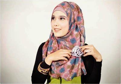 Jilbab Hits Pashmina Mano Unik kumpulan tips dan model jilbab untuk bentuk wajah bulat seputar informasi dan gaya hidup kesehatan