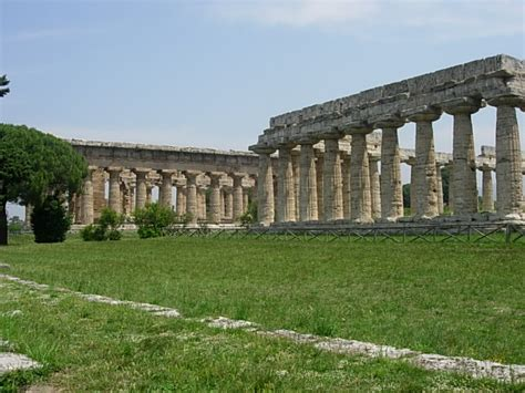 greco roman architecture paestum history facts picture location