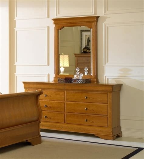 Bureau Dresser Difference by Dresser Portrait Mirror Plymouth Furniture