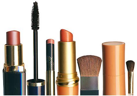 Eyeshadow Berbahaya pin kosmetik on