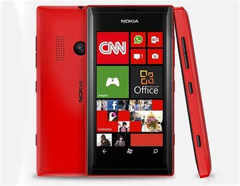 nokia lumia con fotocamera interna nokia lumia 505 presentato ufficialmente prezzo sconosciuto