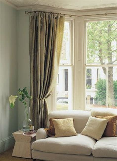 Curved Curtain Rod For Bow Window the 25 best ideas about bay window curtains on pinterest