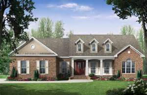 house plans 2000 square one story country style house plans 2000 square foot home 1 story 4 bedroom and 2 bath 2 garage