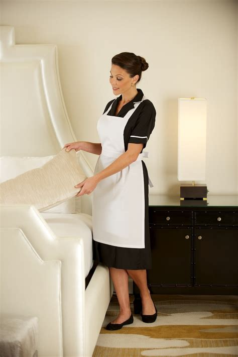 house maid 75 best tenues images on pinterest hotel uniform outfits and staff uniforms